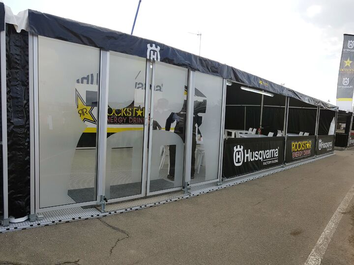 Race awings / motor sport awnings with glass sliding door